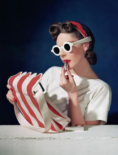 Muriel Maxwell, Ensemble by Sally Victor, Bag by Paul Flato, Sunglasses by Lugene