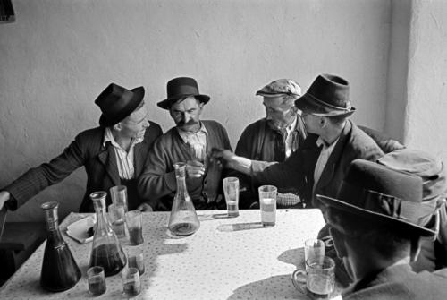 "Werner Bischof""Hungary, 1947""Puszta plains. Farmers Inn."